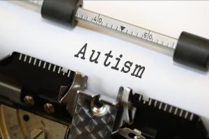 autism autismispektri häired pervasiivsed arenguhäired autist autistlik vaktsineerimine immuniseerimine